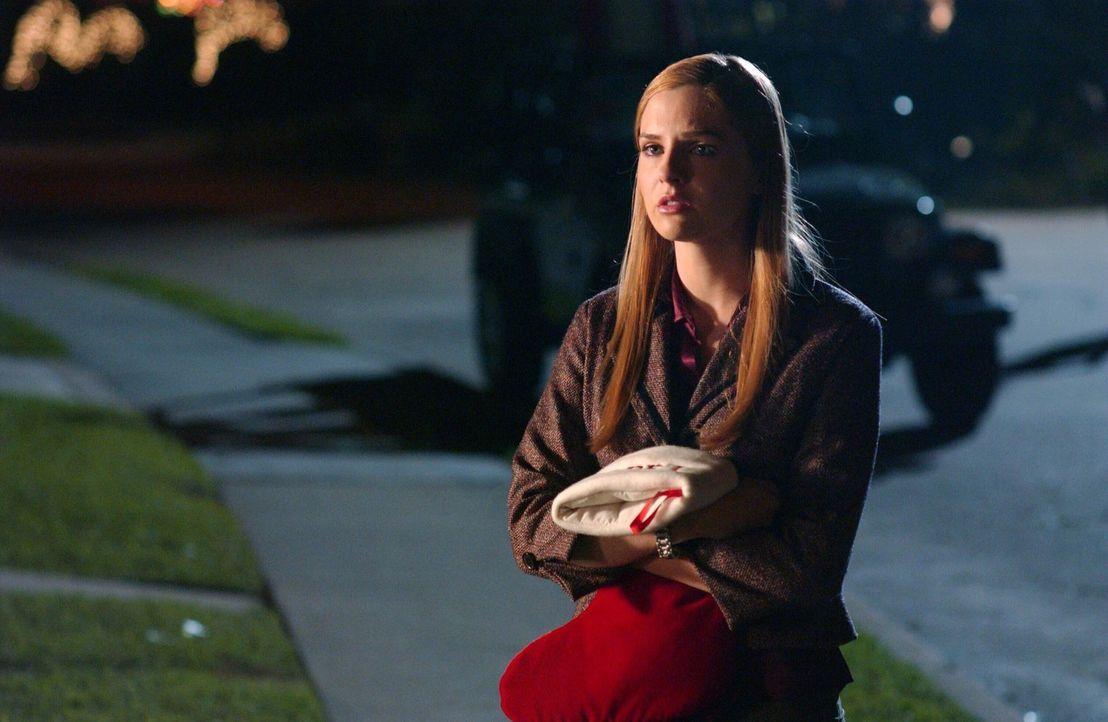 Für Lindsay (Shannon Lucio) bricht eine Welt zusammen, als sie die Wahrheit über ihren Vater erfährt ... - Bildquelle: Warner Bros. Television