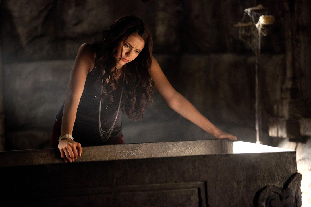 Versucht, Mikael wiederzubeleben: Katherine (Nina Dobrev) - Bildquelle: Warner Bros. Television
