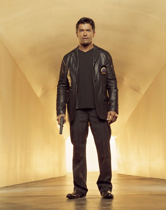 (3. Staffel) - Hat immer das Ziel vor Augen: Antonio Cortez (Mark Consuelos) - Bildquelle: Sony Pictures Television International. All Rights Reserved.