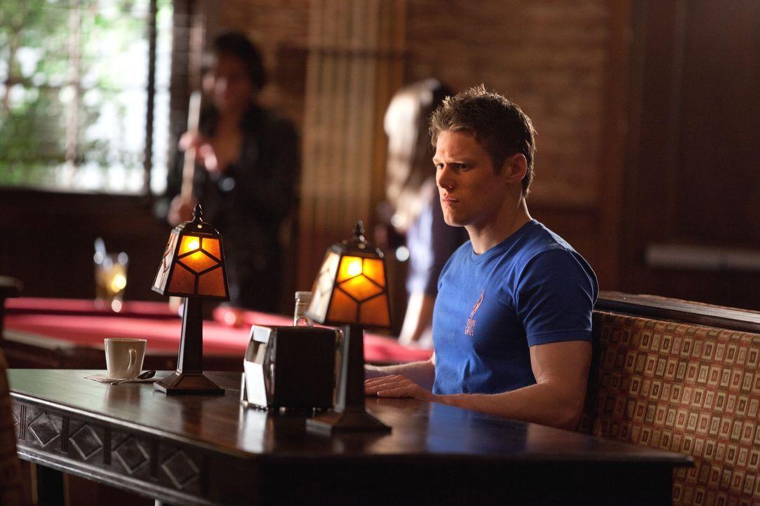 Weiß nicht, wem er noch vertrauen soll: Matt (Zach Roerig) - Bildquelle: Warner Brothers