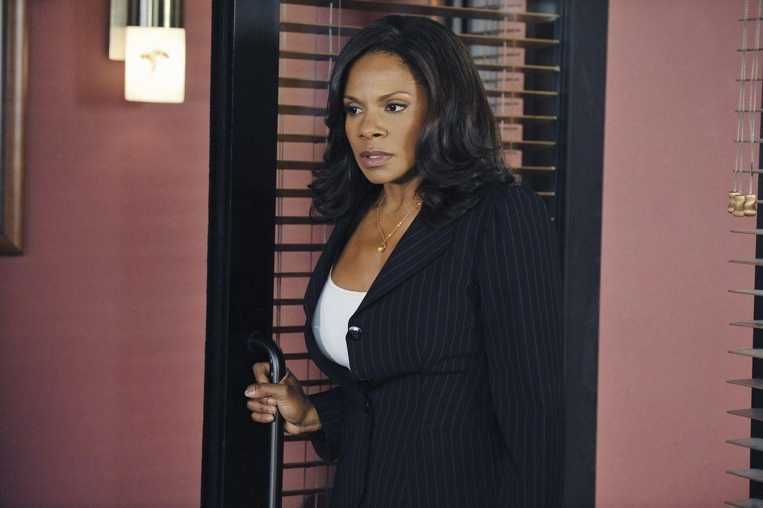 Kommt mit der Situation, dass ihre Tochter schwanger ist und heiraten möchte, nicht zurecht: Naomi (Audra McDonald) ... - Bildquelle: ABC Studios