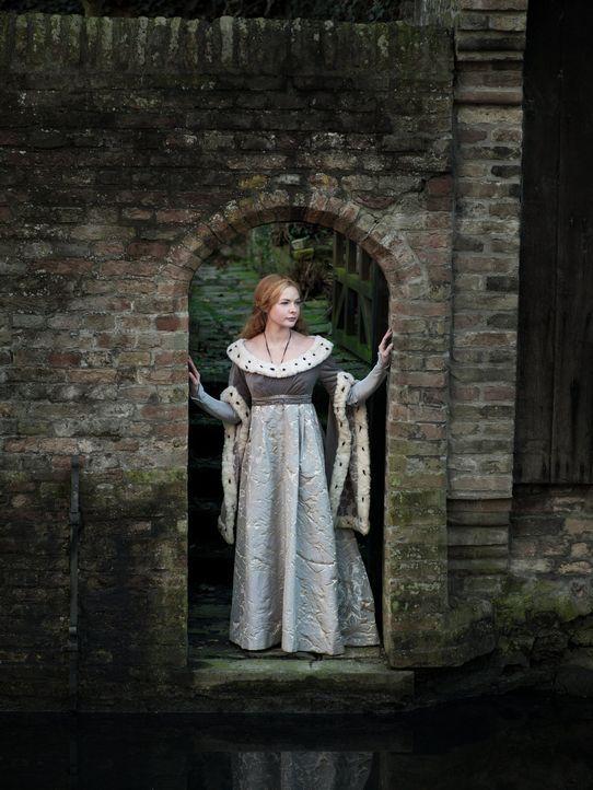 (1. Staffel) - Wird sie wirklich die neue Königin von England? Elizabeth Woodville (Rebecca Ferguson) ... - Bildquelle: 2013 Company Television Limited LEGAL