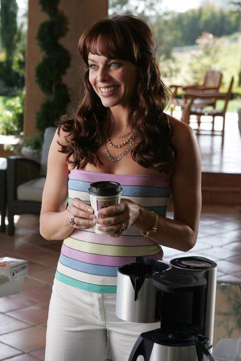 Nach dem Tod ihres Ehemannes Caleb, findet Julie (Melinda Clarke) Trost in ihrem Ex-Mann Jimmy ... - Bildquelle: Warner Bros. Television