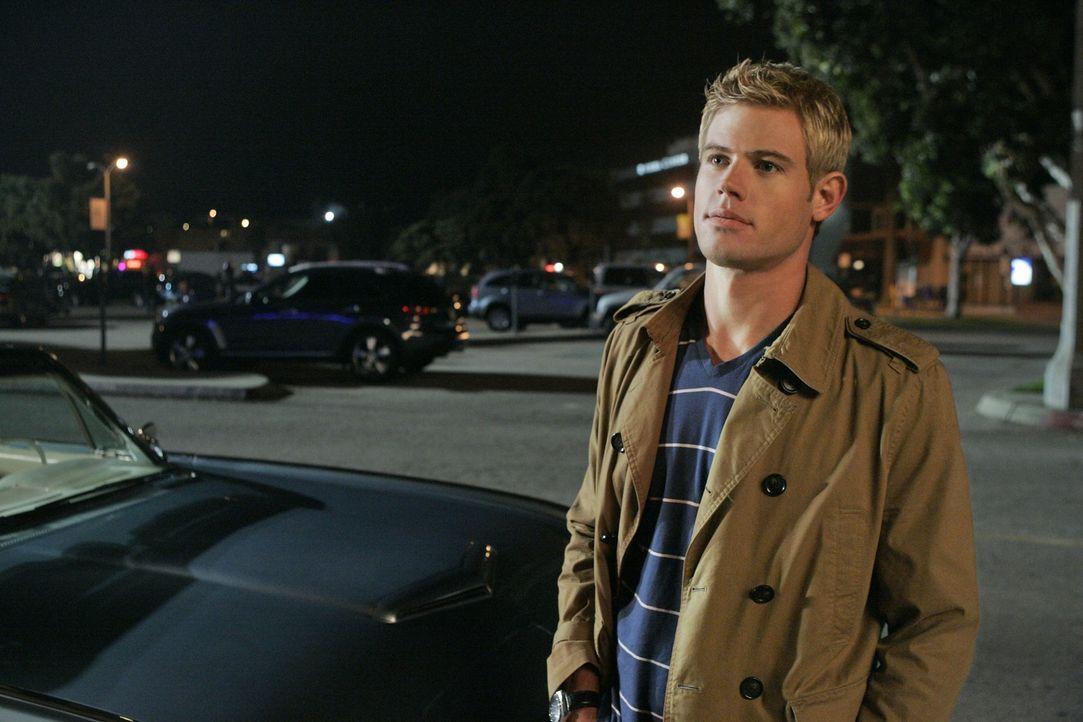 Fühlt er sich wirklich zu Ian hingezogen? Teddy (Trevor Donovan) - Bildquelle: 2010 The CW Network. All Rights Reserved.