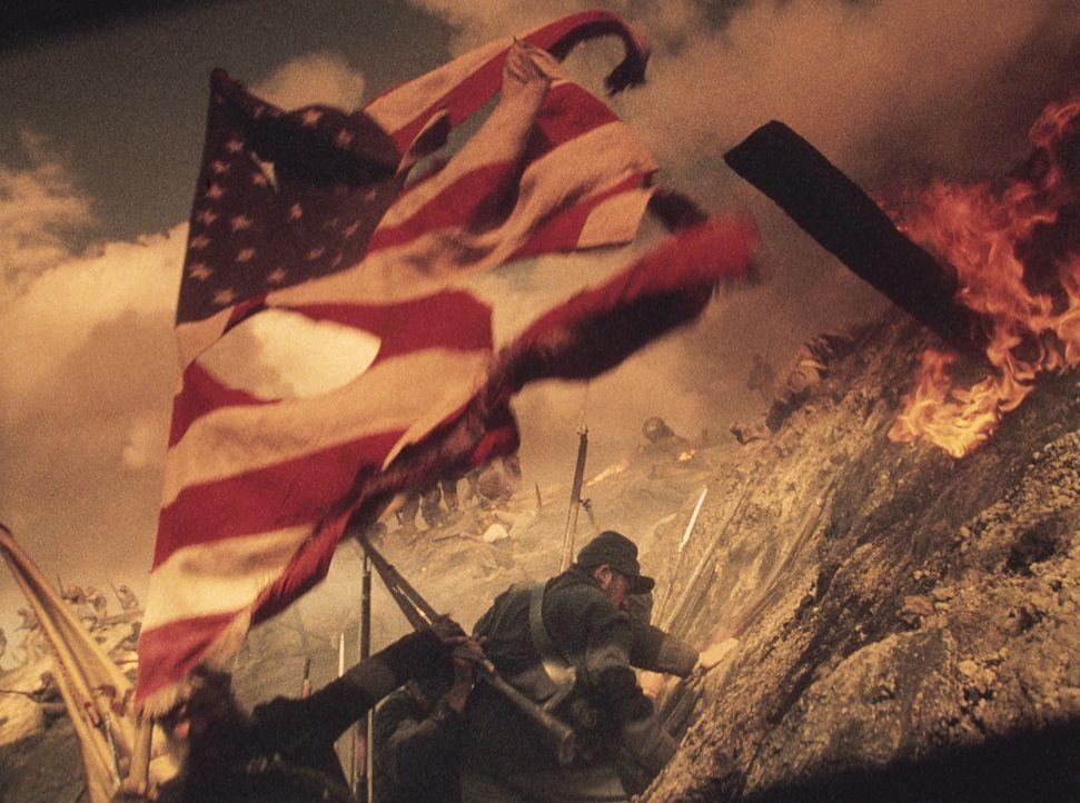 Bürgerkrieg: Inman will überleben - um jeden Preis! Da hilft nur noch Fahnenflucht ... - Bildquelle: Phil Bray MIRAMAX Films/Dimension Films. All Rights Reserved. / Phil Bray