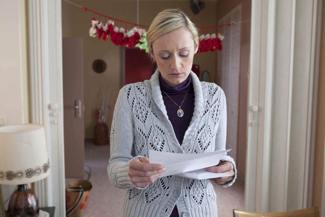 Karin (Barbara Sotelsek) vermisst ihre Tochter, aber die Fronten scheinen verhärtet. Als sie allerdings die gerichtliche Vorladung für Luzis Diebs... - Bildquelle: David Saretzki SAT.1