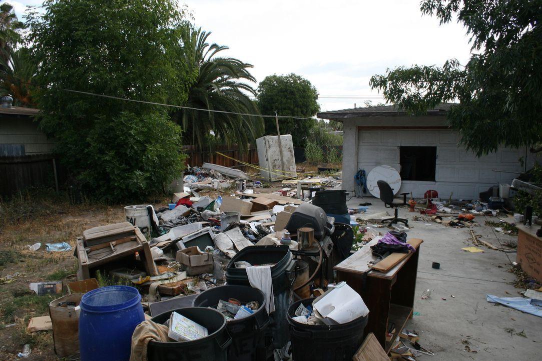 Tarek und Christina El Moussa haben sich eine echte Ruine vorgenommen. Haben sie sich übernommen? - Bildquelle: 2014,HGTV/Scripps Networks, LLC. All Rights Reserved