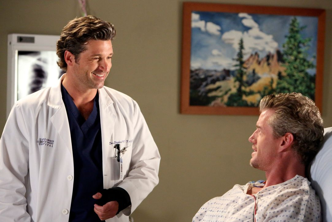 Rückblick: Mark (Eric Dane, r.) und Derek (Patrick Dempsey, l.) sind glücklich, den Flugzeugabsturz überlebt zu haben ... - Bildquelle: ABC Studios