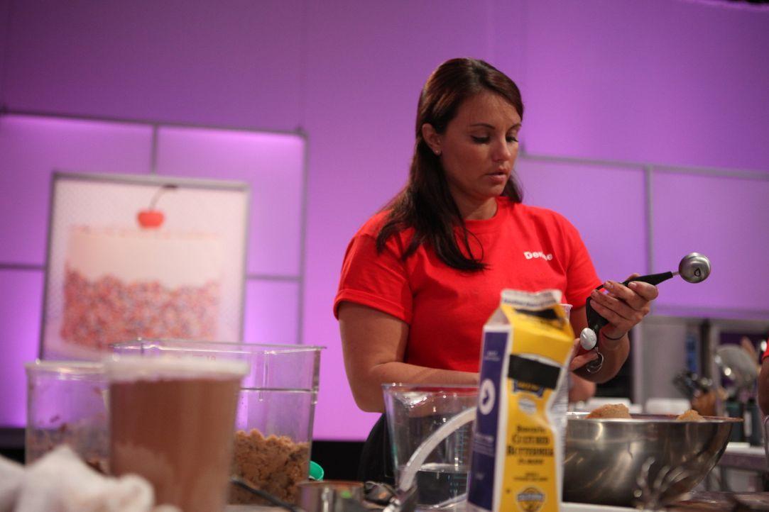 Mit Denise makes Cakes hat Denise Passarelli bereits ihren eigenen Laden, doch sie liebt die Herausforderung und möchte nun die Cake Wars Challenge... - Bildquelle: 2016,Television Food Network, G.P. All Rights Reserved