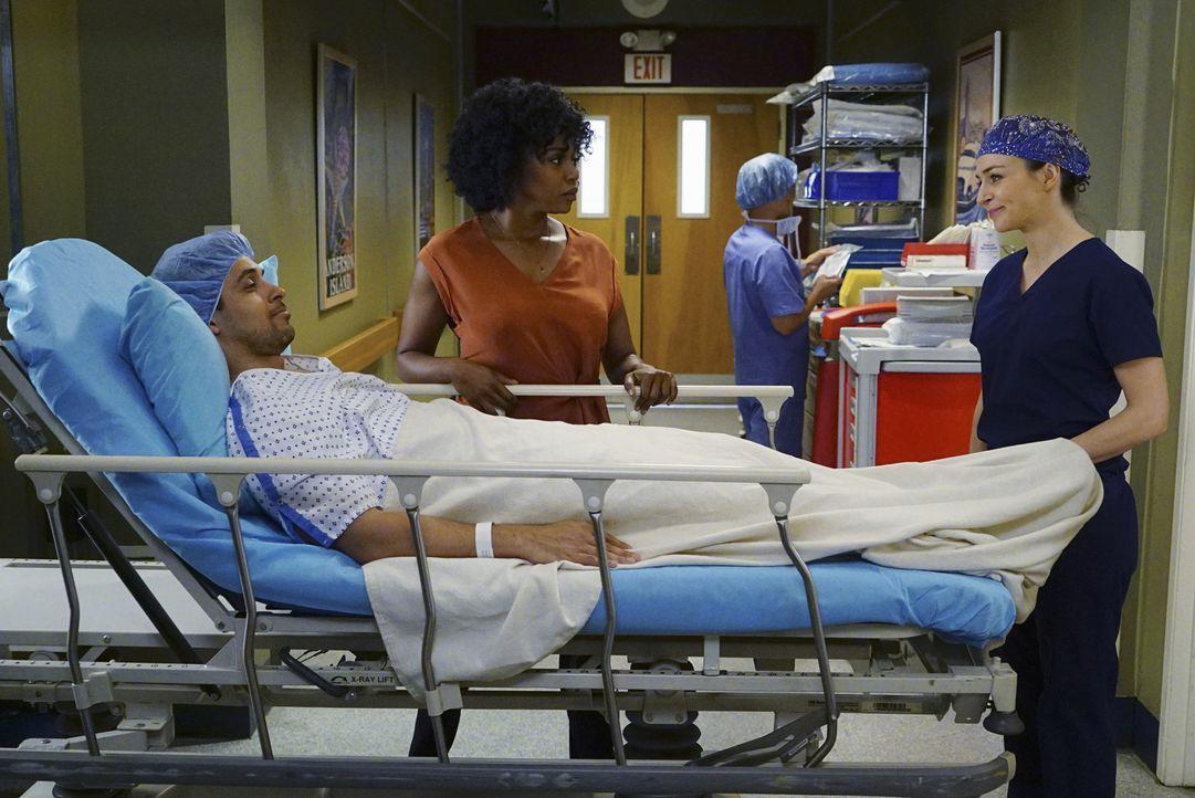 Während Stephanies (Jerrika Hinton, M.) Beziehung mit Kyle (Wilmer Valderrama, l.) auf eine Probe gestellt wird, entschließen sich Amelia (Caterina... - Bildquelle: Richard Cartwright ABC Studios