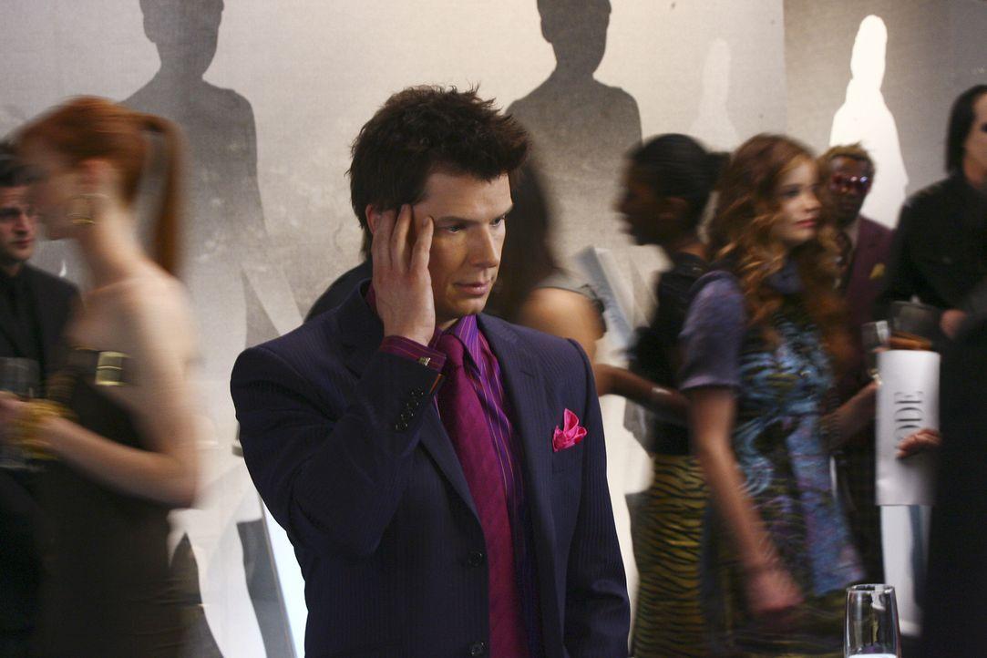 Daniel (Eric Mabius) kann nicht glauben, welch Ungeheuerlichkeit ihm Alexis soeben mitgeteilt hat ... - Bildquelle: Buena Vista International Television