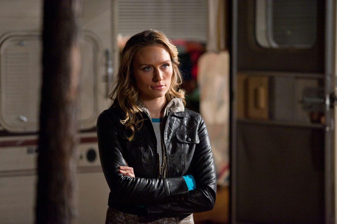 Hält Caroline gefangen: Werwolf Jules (Michaela McManus) ... - Bildquelle: Warner Brothers