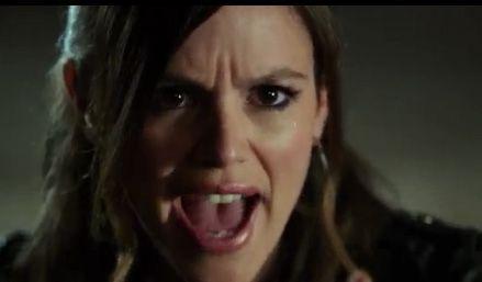 Zoe will keine 2- sein - Bildquelle: Warner Bros. Television
