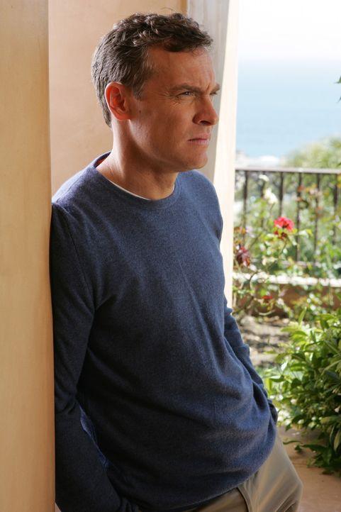 Versucht seinen Freunden bei ihrer Trauer beizustehen: Jimmy (Tate Donovan) ... - Bildquelle: Warner Bros. Television