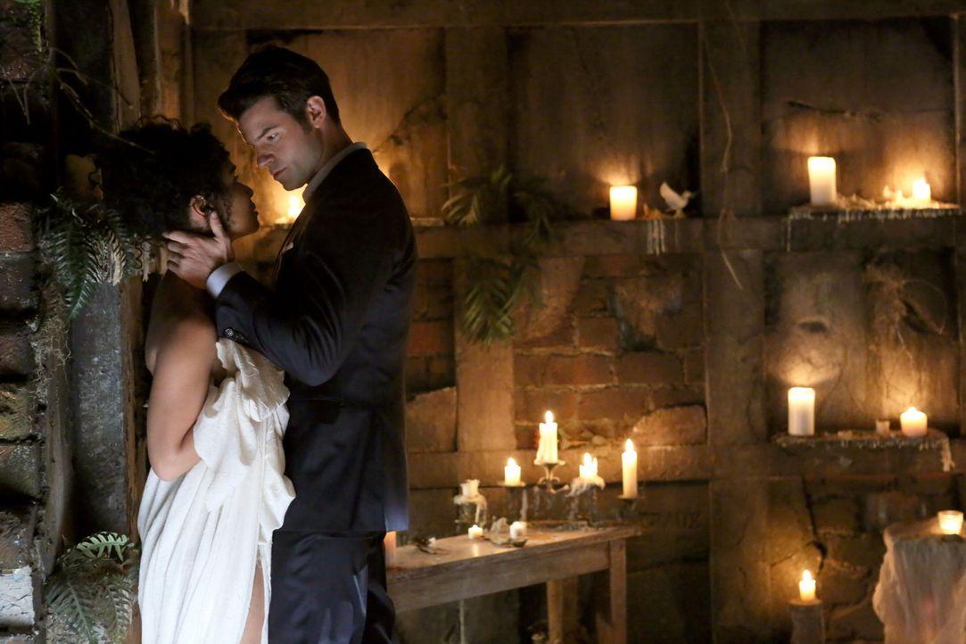Liebe oder Hass? - Bildquelle: Warner Bros. Entertainment Inc.
