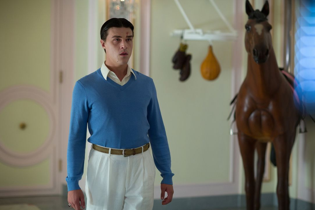 Dandy (Finn Wittrock) möchte endlich seinem langweiligen Leben entfliehen, doch bei der Freak Show will ihn keiner haben. Das steigert nicht nur sei... - Bildquelle: 2014-2015 Fox and its related entities. All rights reserved.