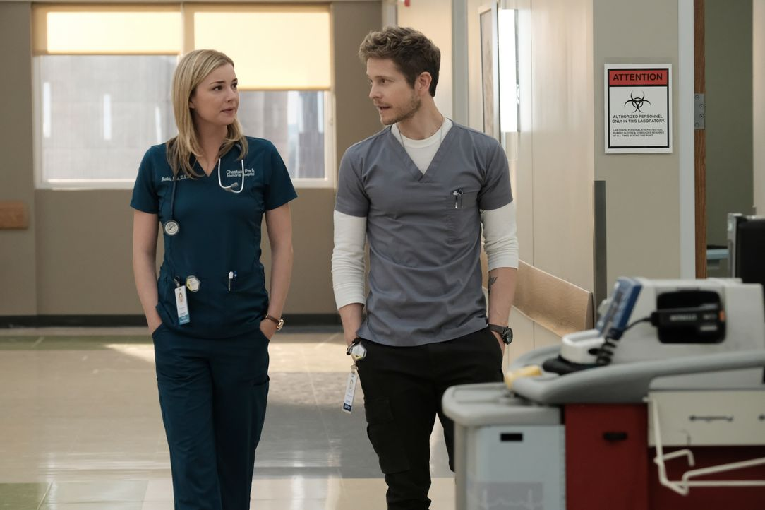 Müssen geheime Wege gehen, um den letzten Wunsch eines krebskranen Patienten zu erfüllen: Nic (Emily VanCamp, l.) und Conrad (Matt Czuchry, r.) ... - Bildquelle: Wilford Harewood 2018 Fox and its related entities. All rights reserved. / Wilford Harewood