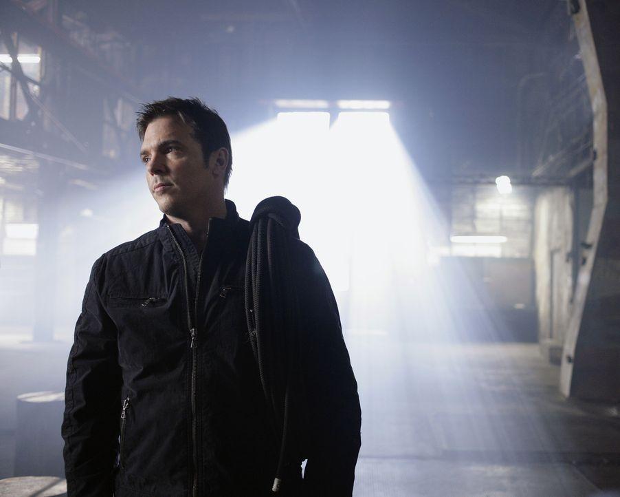 Er kennt kein Erbarmen, wenn es um die Sicherheit von Kyle geht. Tom Foss (Nicholas Lea) geht dafür sogar über Leichen ... - Bildquelle: TOUCHSTONE TELEVISION