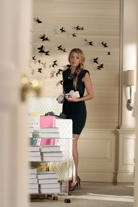 Hat alle Hände voll damit zu tun, die Braut- und Geschenke-Party für Blair zu organisieren: Serena (Blake Lively) ... - Bildquelle: Warner Bros. Television