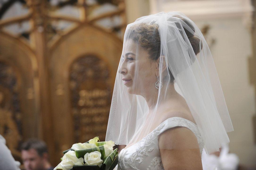 Ihr großer Tag ist gekommen: Liz (Roma Maffia) ... - Bildquelle: Warner Bros. Entertainment Inc. All Rights Reserved.