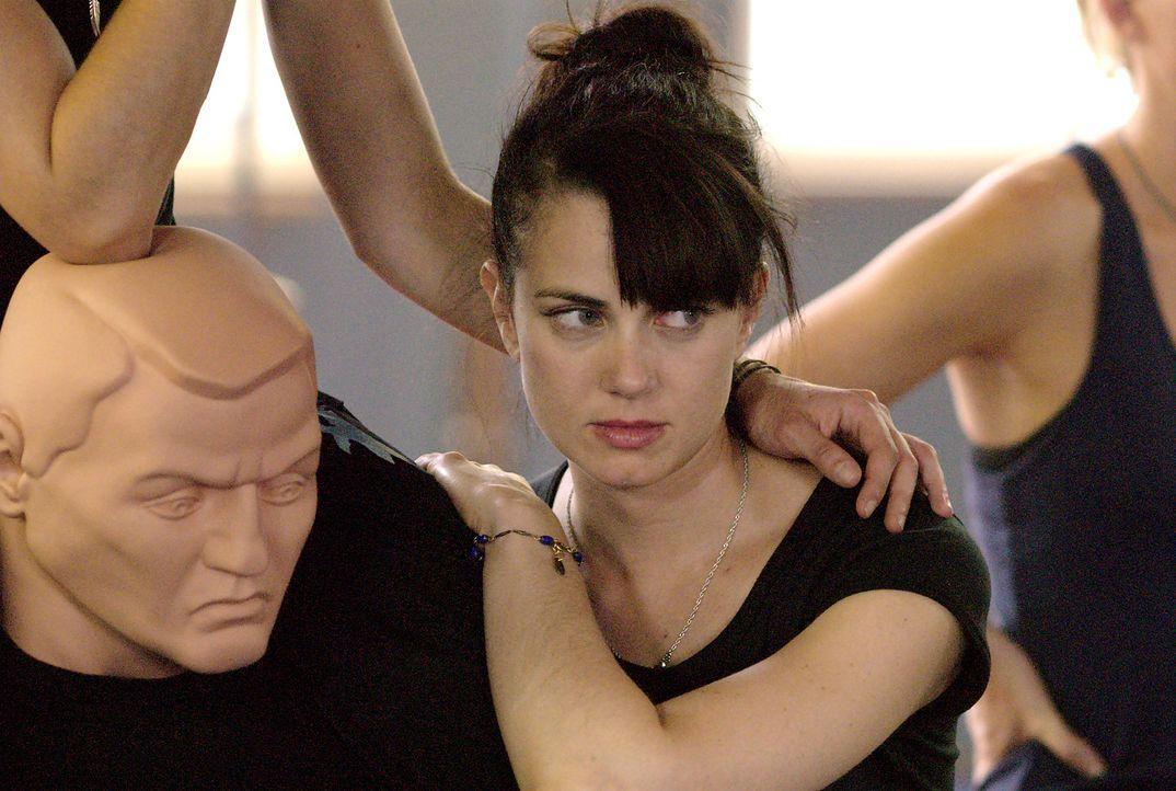 Steht Jenny (Mia Kirshner) auf Männer oder Frauen? Noch ist es unklar... - Bildquelle: Metro-Goldwyn-Mayer Studios Inc. All Rights Reserved.