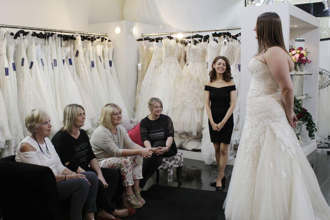 Braut Elena ist ein echter Familienmensch und sucht für ihre opulente griech... - Bildquelle: TLC & Discovery Communications