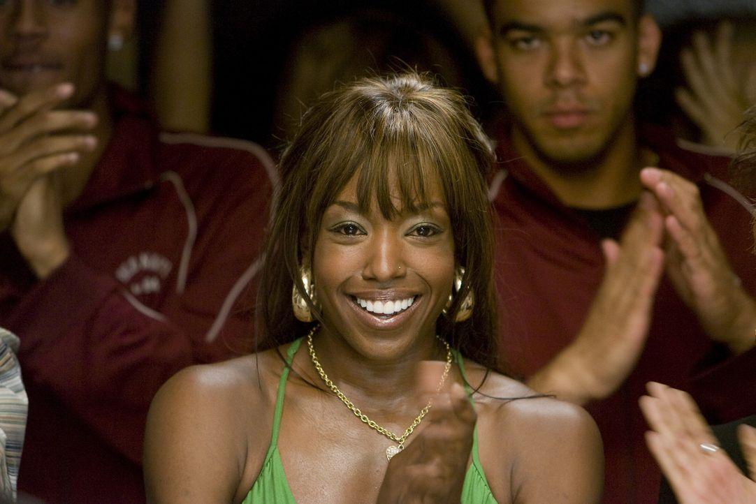 Michelle (Tracey Armstrong) ist sauer auf ihre ehemalige Freundin Raya. Sie hat ihre Freunde in der Nachbarschaft verlassen, um auf eine Privatschul... - Bildquelle: Paramount Pictures