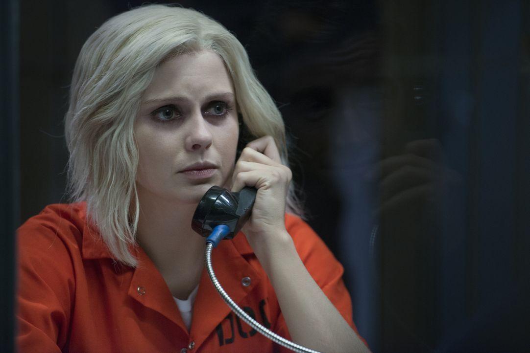 Das Hirn einer ermordeten Hochzeitsplanerin, die zu allem Überfluss auch noch Clives Stalkerin war, setzt Liv (Rose McIver) ordentlich zu ... - Bildquelle: 2014 Warner Brothers