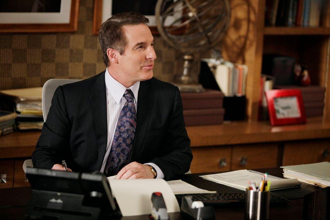 Macht sich Sorgen um Sam und seine Schwester Corinne: Sheldon (Brian Benben) ... - Bildquelle: ABC Studios