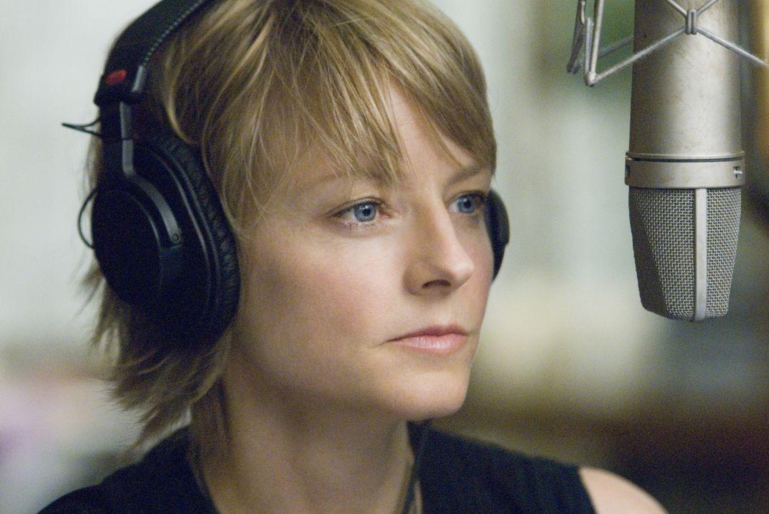 Die beliebte New Yorker Radiomoderatorin Erica Bain (Jodie Foster) musste mit ansehen, wie ihr Verlobter bei einem kaltblütigen Überfall ums Leben k... - Bildquelle: Warner Bros.