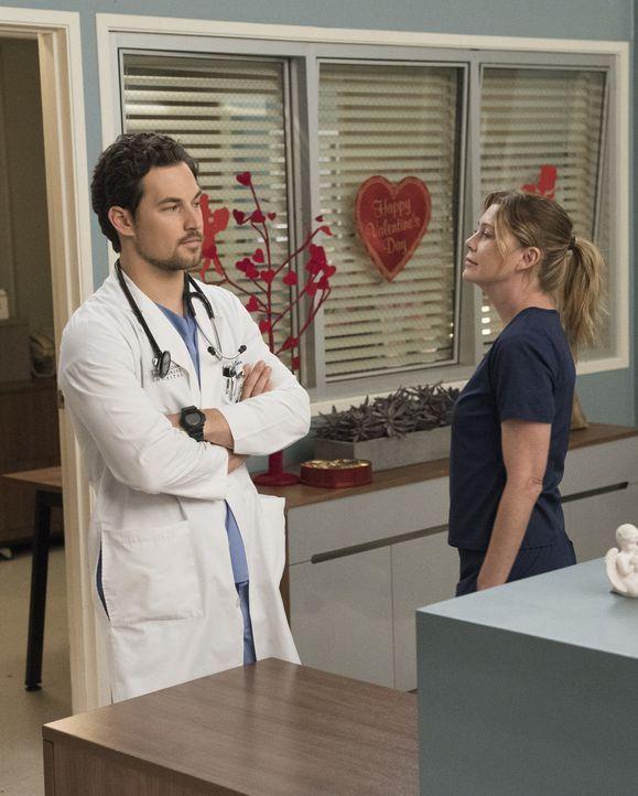 Dr. Andrew DeLuca (Giacomo Gianniotti, l.); Dr. Meredith Grey (Ellen Pompeo, r.) - Bildquelle: Mitch Haaseth ABC Studios / Mitch Haaseth