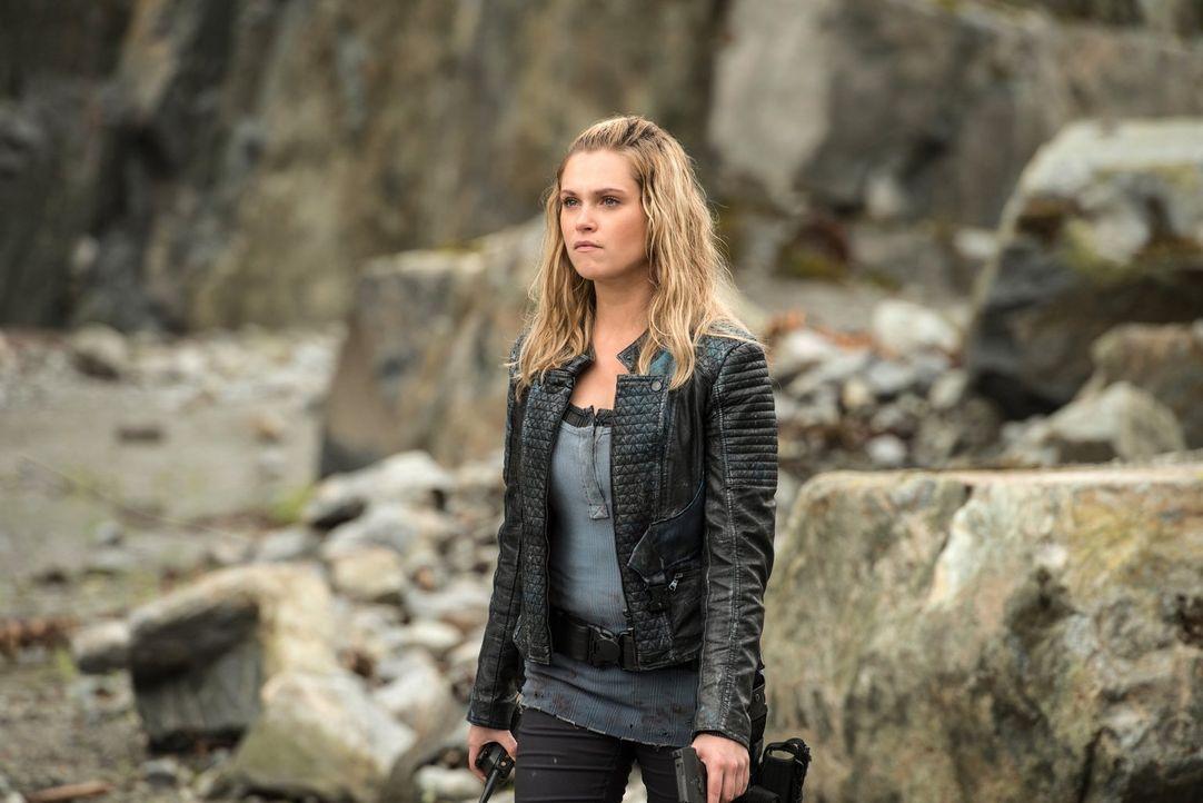 Clarke (Eliza Taylor) versucht alles, um einen Krieg mit der Ice Nation zu verhindern, doch schließlich macht ihr ein unerwarteter Gegner einen Stri... - Bildquelle: 2016 Warner Brothers