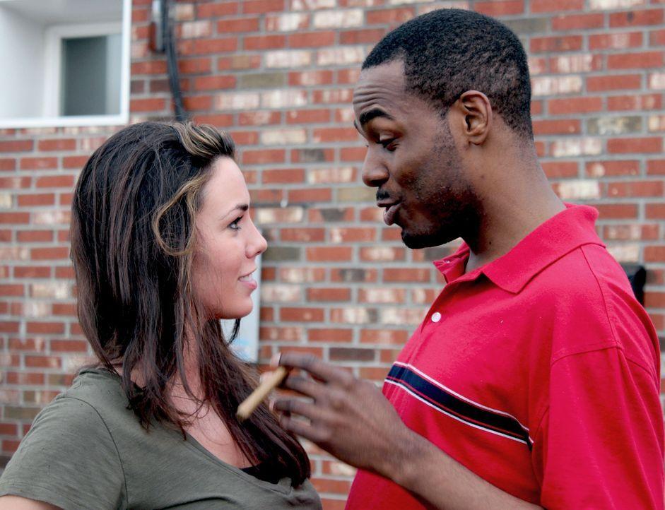 Verbringen ihre Freizeit anders als normale junge Menschen: Vincent Hubbard (r.) und Eileen Huber (l.) ... - Bildquelle: M2 Pictures