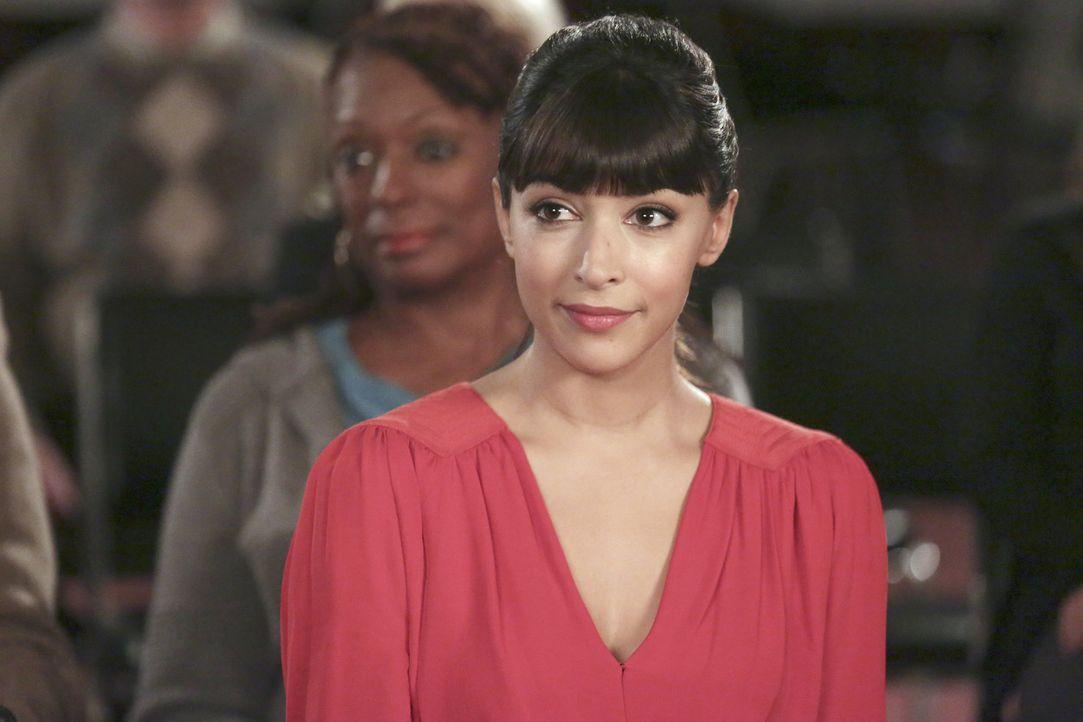 Auch wenn Cece (Hannah Simone) ihre Freunde bereits kennt, ist sie über manche Dinge immer noch überrascht ... - Bildquelle: 2015 Twentieth Century Fox Film Corporation. All rights reserved.