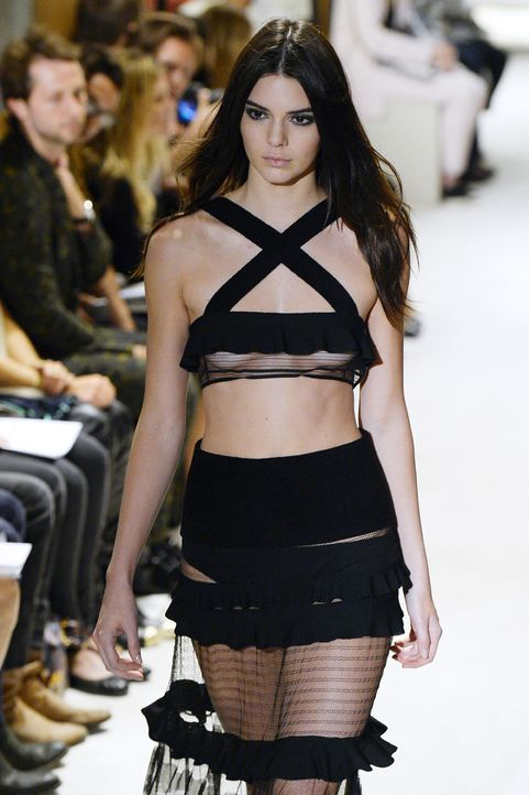 Kendall Jenner - Bildquelle: AFP PHOTO / BERTRAND GUAY