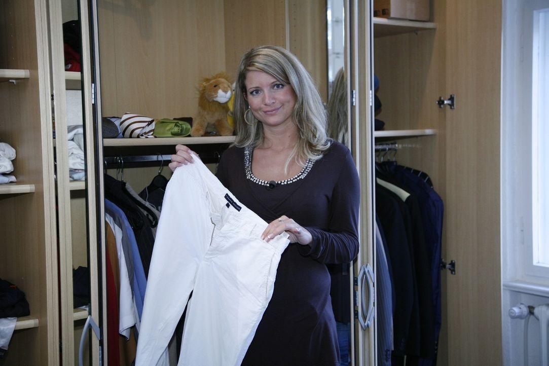 Vanessa ist eigentlich sehr stilsicher. Doch für eine Party im Stil der 20er Jahre braucht sie Unterstützung, um das passende Outfit zu finden. - Bildquelle: Sat.1