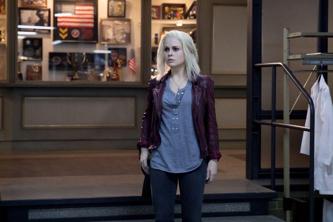 Der Tod ihres Freundes und das Gehirn einer Alkoholabhängigen werfen Liv (Rose McIver) ein wenig aus der Bahn - gerade dann, als Major ihre Unterstü... - Bildquelle: Warner Brothers