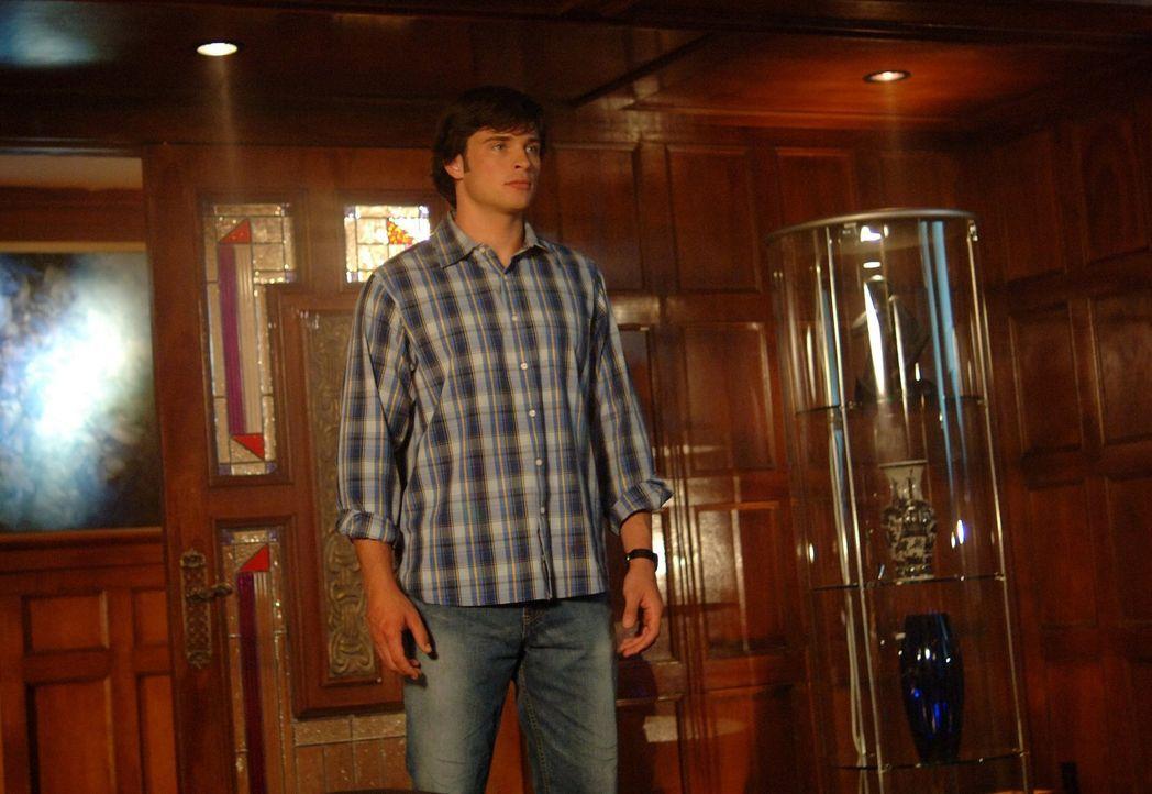 Wird es Clark (Tom Welling) schaffen, seine Freunde auch ohne die Superkräfte zu retten? - Bildquelle: Warner Bros.