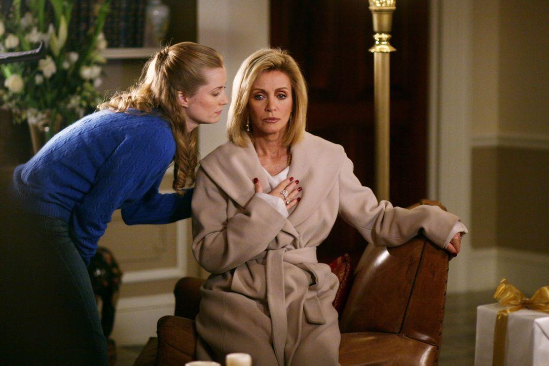Bei den Recherchen kommen die Ermittler dahinter, dass Lauren Williams (Donna Mills, r.) mit allen Mitteln versuchte, sich an ihrem Mann zu rächen u... - Bildquelle: Warner Bros. Television