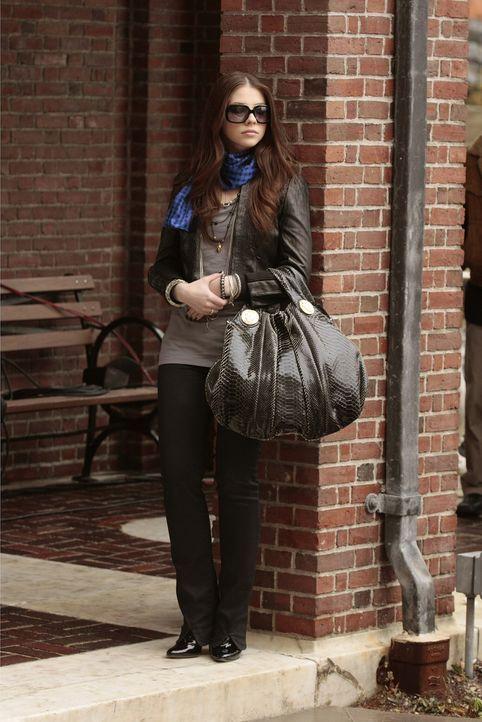 Georgina (Michelle Trachtenberg) spinnt schon die nächste Intrige: während ihr Serena gesagt hat, dass sie sie nicht mehr sehen will, macht sich G... - Bildquelle: Warner Bros. Television