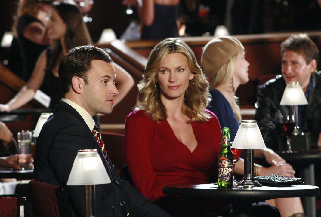 Hat die Liebe zwischen Eli (Jonny Lee Miller, l.) und Taylor (Natasha Henstridge, r.) noch eine Chance? - Bildquelle: Disney - ABC International Television