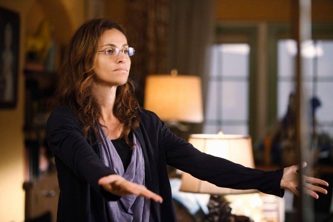 Violet (Amy Brenneman) ist schwer traumatisiert und kann sich ihrem Baby gefühlsmäßig nicht annähern. Pete dagegen kümmert sich liebevoll um den Jun... - Bildquelle: ABC Studios
