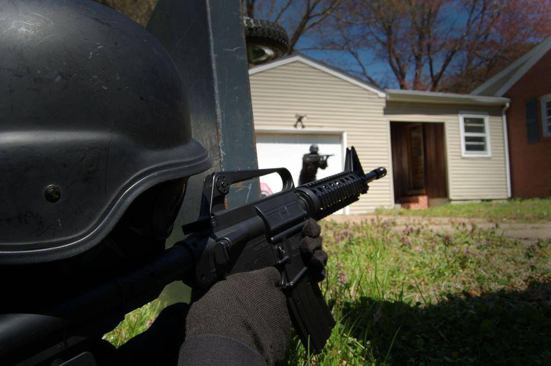 Als in Richmond ganze Familien brutal ermordet werden, steigt die Panik in der Bevölkerung. Doch dann bekommt die Polizei einen Hinweis auf ein mögl... - Bildquelle: M2 Pictures