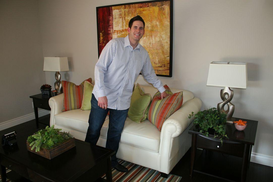 Nach getaner Arbeit ist Tarek gespannt auf die Hausbesichtigung ... - Bildquelle: 2014, HGTV/Scripps Networks, LLC. All Rights Reserved.