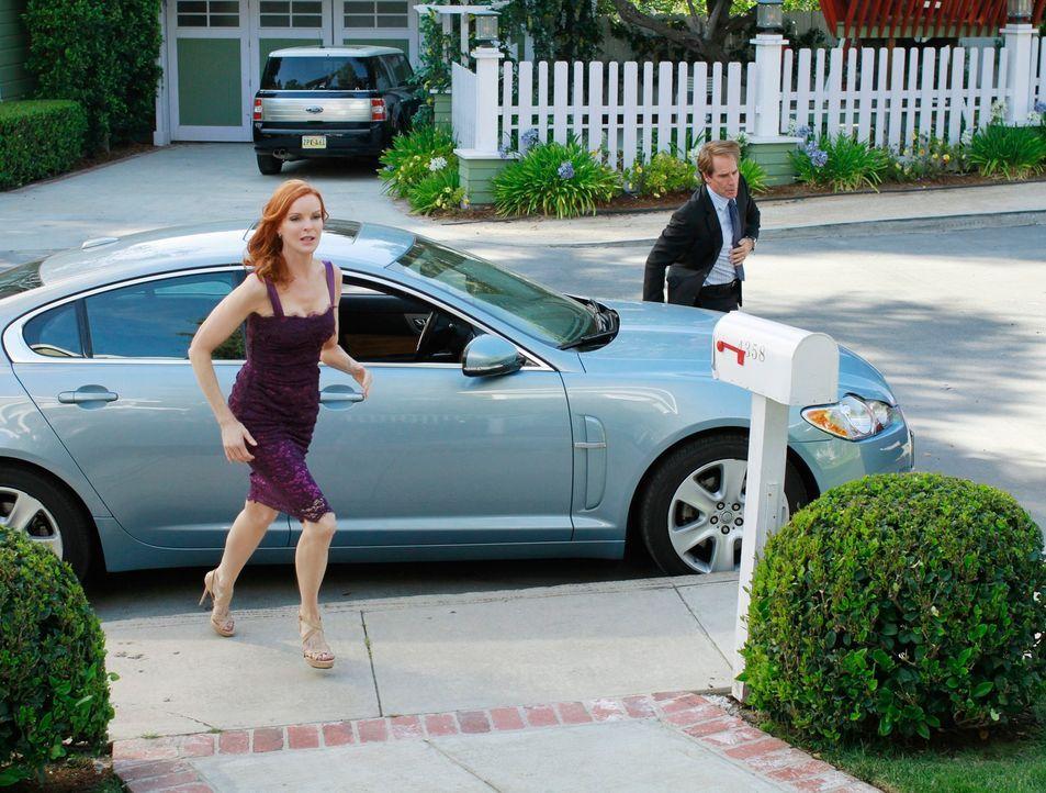 Wollen Karen in den Stunden des Abschieds bei stehen: Bree (Marcis Cross, l.) und Trip (Scott Bakula, r.) ... - Bildquelle: ABC Studios