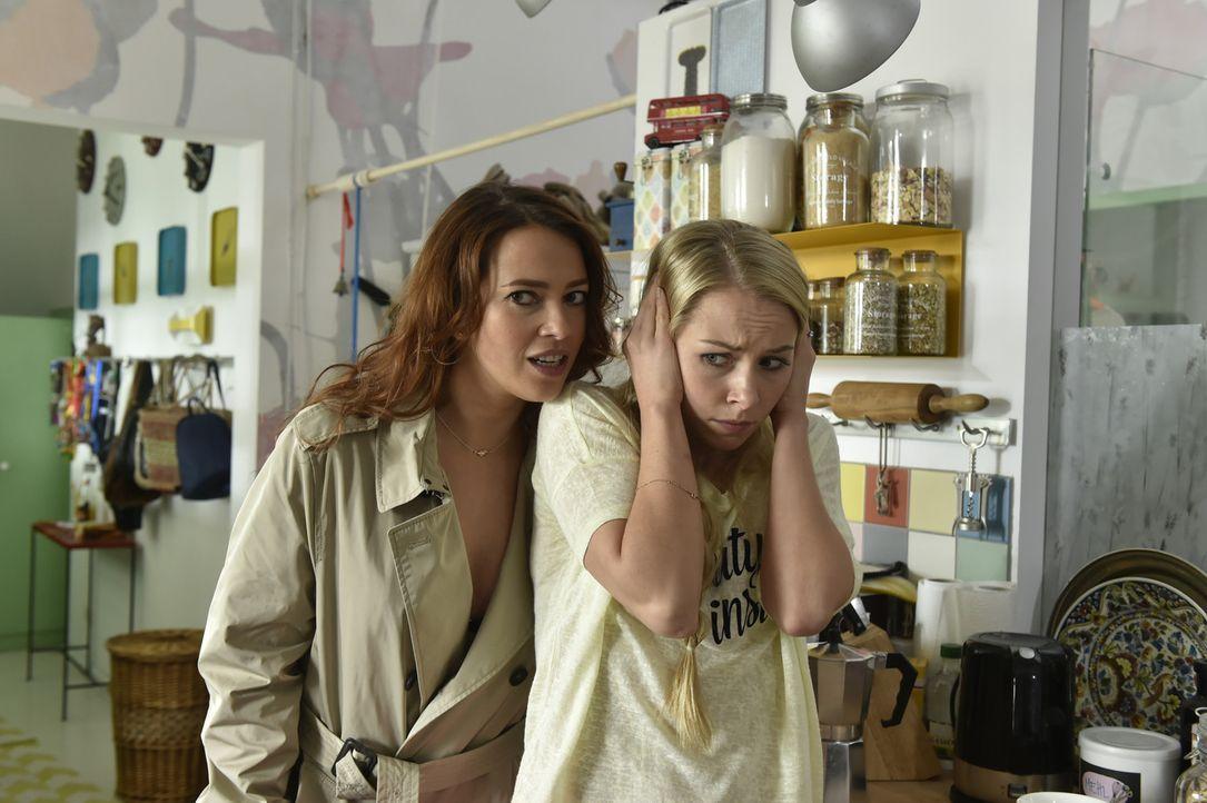 Luisa (Jenny Bach, r.) will und kann Sally (Laura Osswald, l.) nicht länger zuhören ... - Bildquelle: Claudius Pflug Sixx