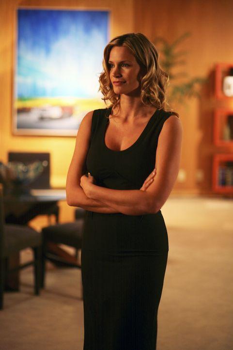 Steht zwischen ihren Verlobten und ihrem Vater: Taylor (Natasha Henstridge) ... - Bildquelle: Disney - ABC International Television