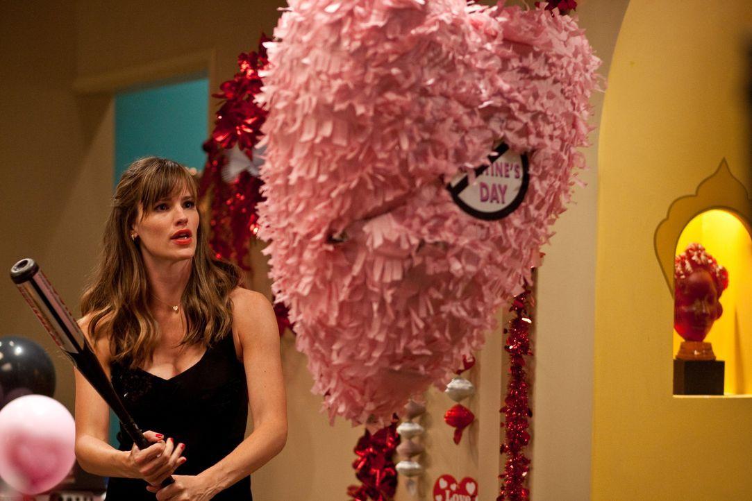 Eigentlich hatte Julia Fitzpatrick (Jennifer Garner) schöne Pläne für Valentinstag, doch dann kommt ein Geheimnis ans Licht, das alles aus dem Ruder... - Bildquelle: 2010 Warner Bros.