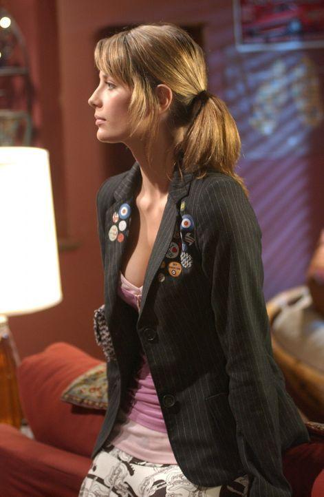 Begleitet Alex nach L.A., um deren Sachen bei Jody abzuholen: Marissa (Mischa Barton) ... - Bildquelle: Warner Bros. Television