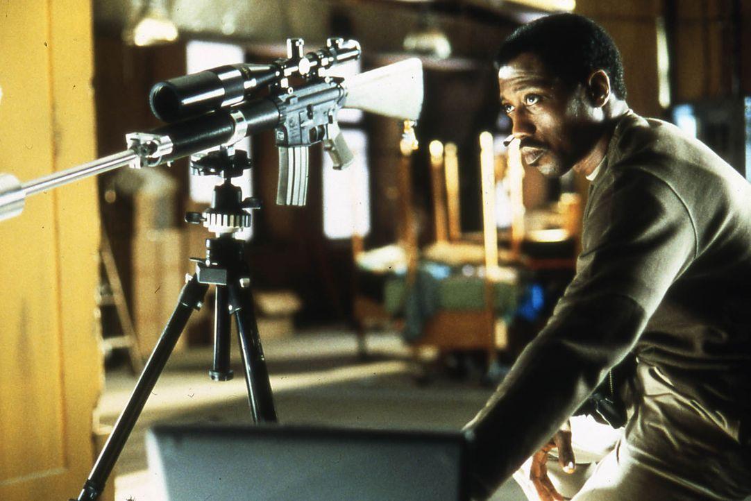Sinnt auf Rache, nachdem seine Tochter durch einen Schuss auf dem Schulhof ermordet wurde: Joe (Wesley Snipes) ... - Bildquelle: Kinowelt